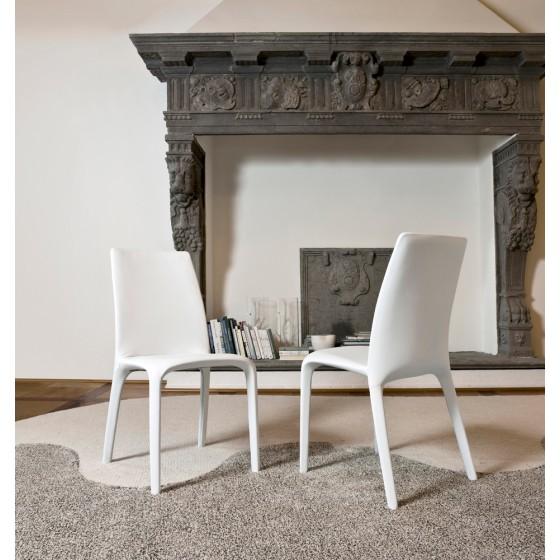 Alanda Chair