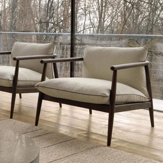 Karin Lounge Chair
