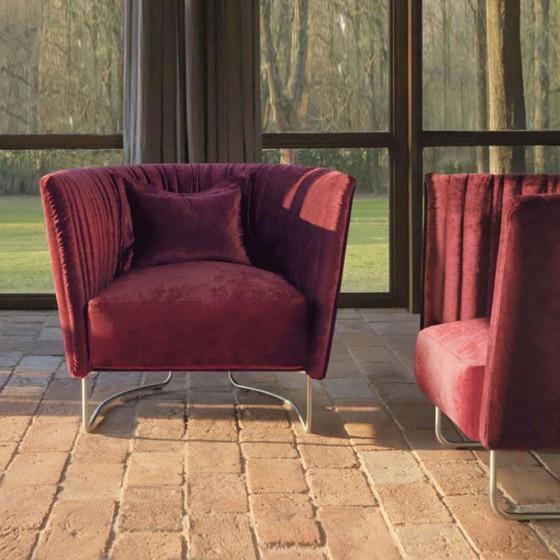 Shellon Lounge Chair