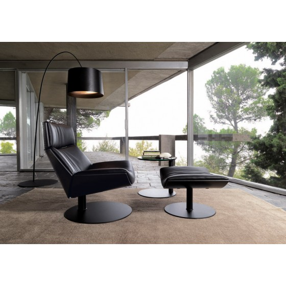 Kara Lounge Chair