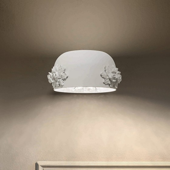 Dame Wall Lamp
