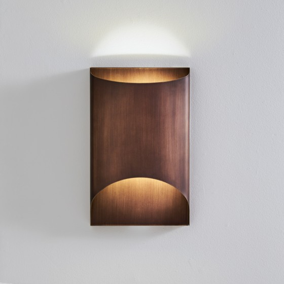 Aprile Wall Lamp