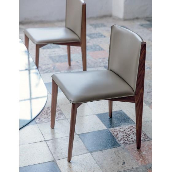 Ionis Chair
