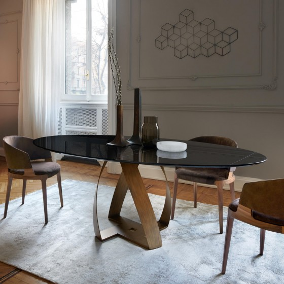 Bon Bon Table