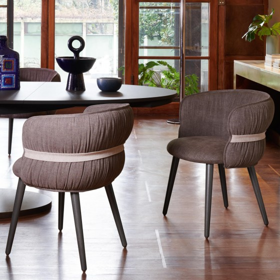 Coulisse Armchair