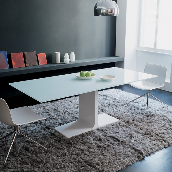 Palace Table