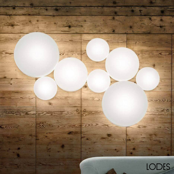 Make-Up Wall Lamp
