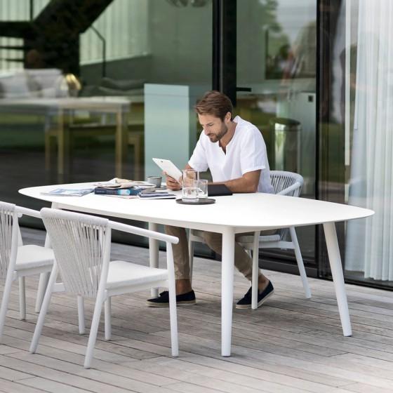Ellisse Table
