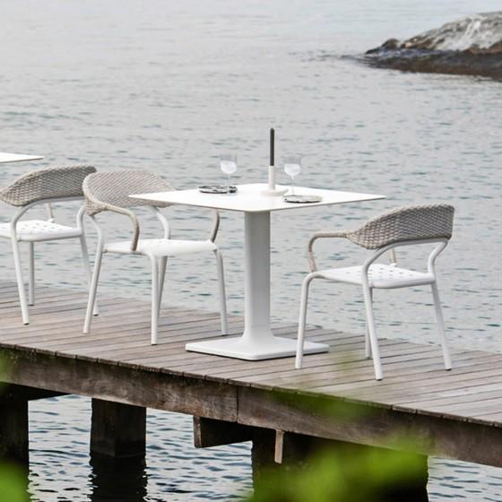 Plinto Bistrot Table