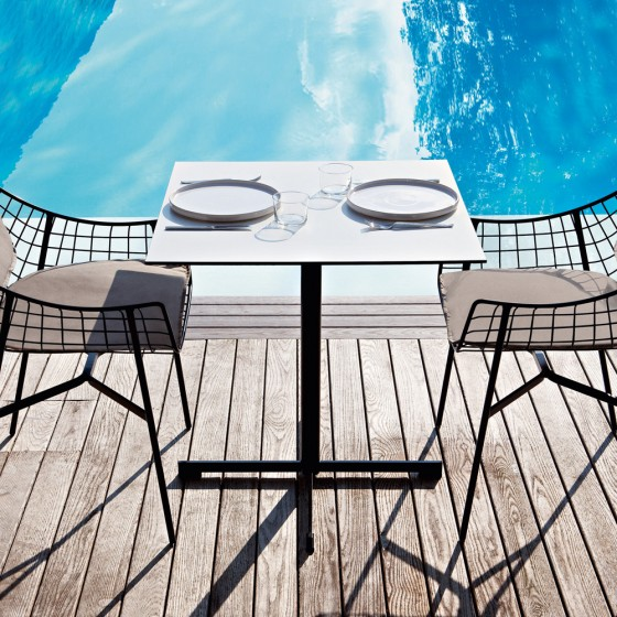 Summer Set Bistrot Table