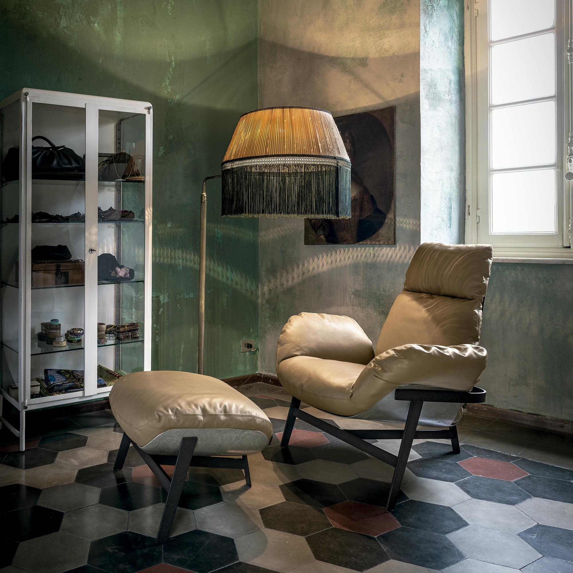 Jupiter High-end Contemporary Lounge Chair - Jupiter