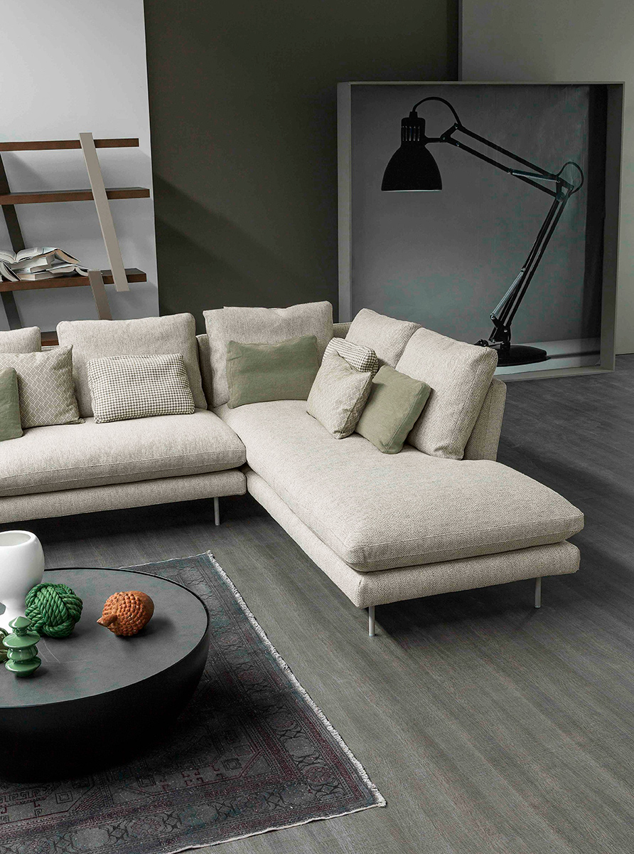 Lars Sectional
