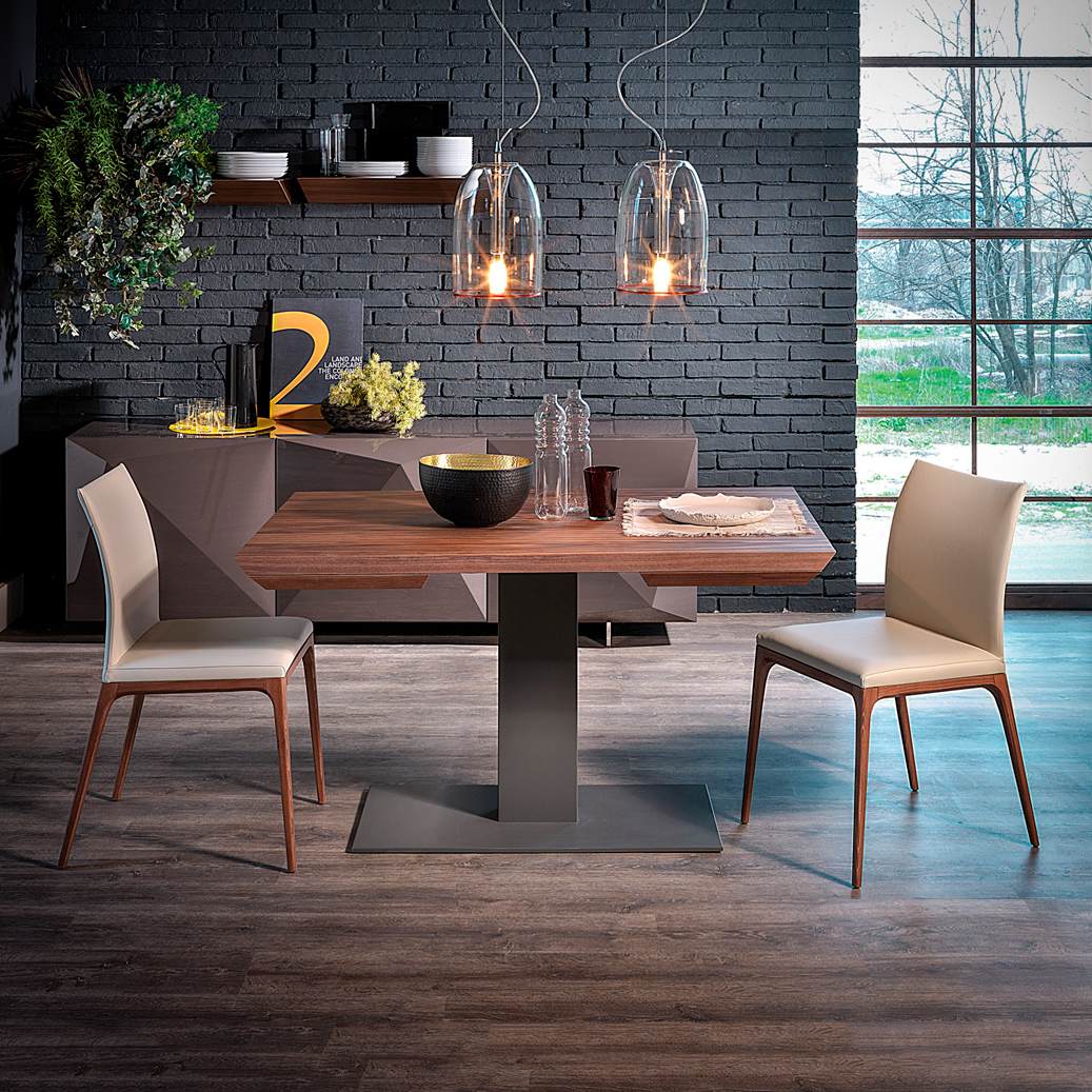 High-End Italian Elvis Wood Drive Table