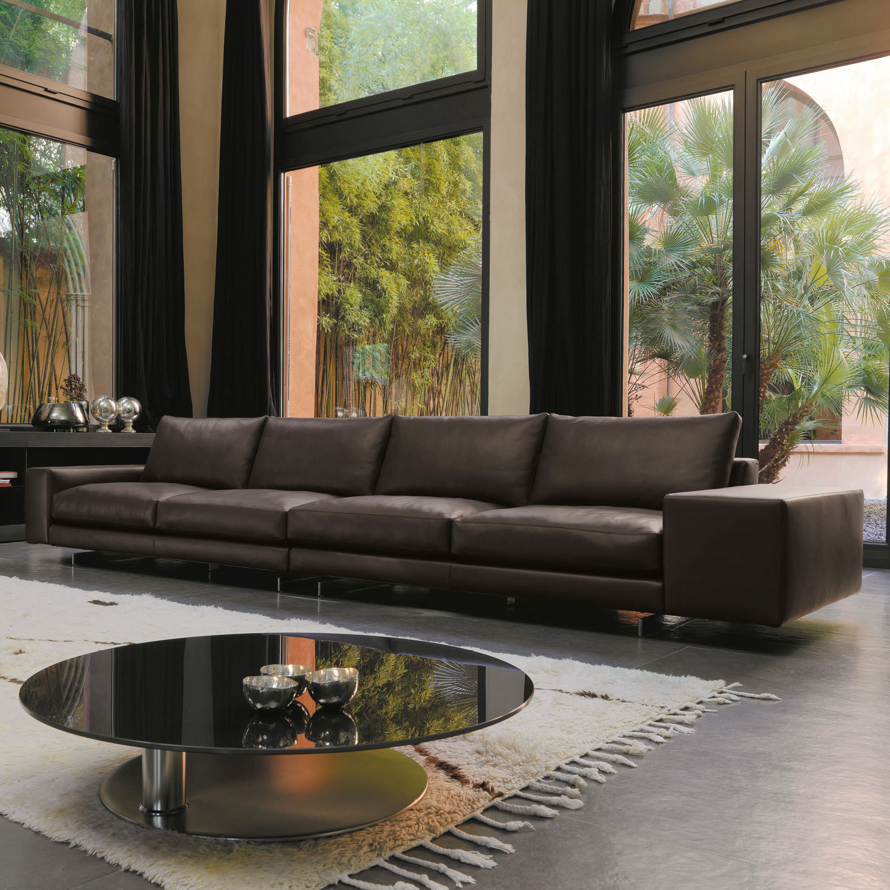 Luxury italian agon sectional italian designer luxury for Contemporary italian furniture