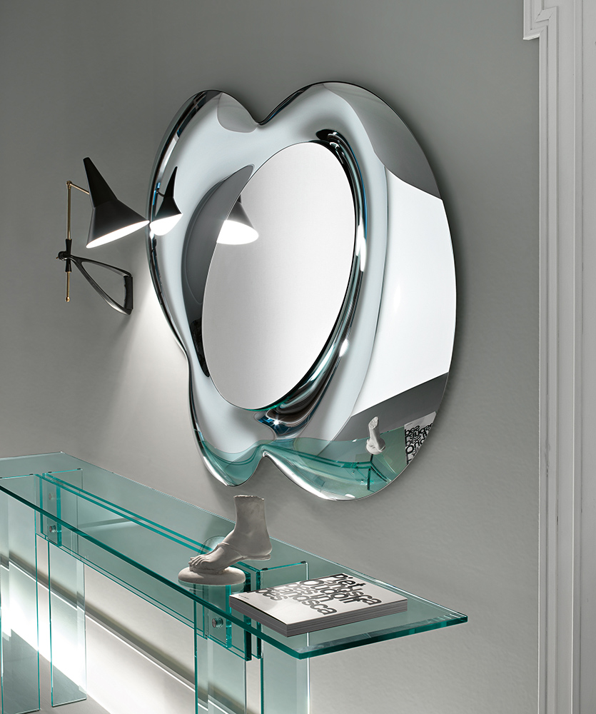 Lucy Mirrored Coffee Table: Contemporary Italian Lucy Mirror