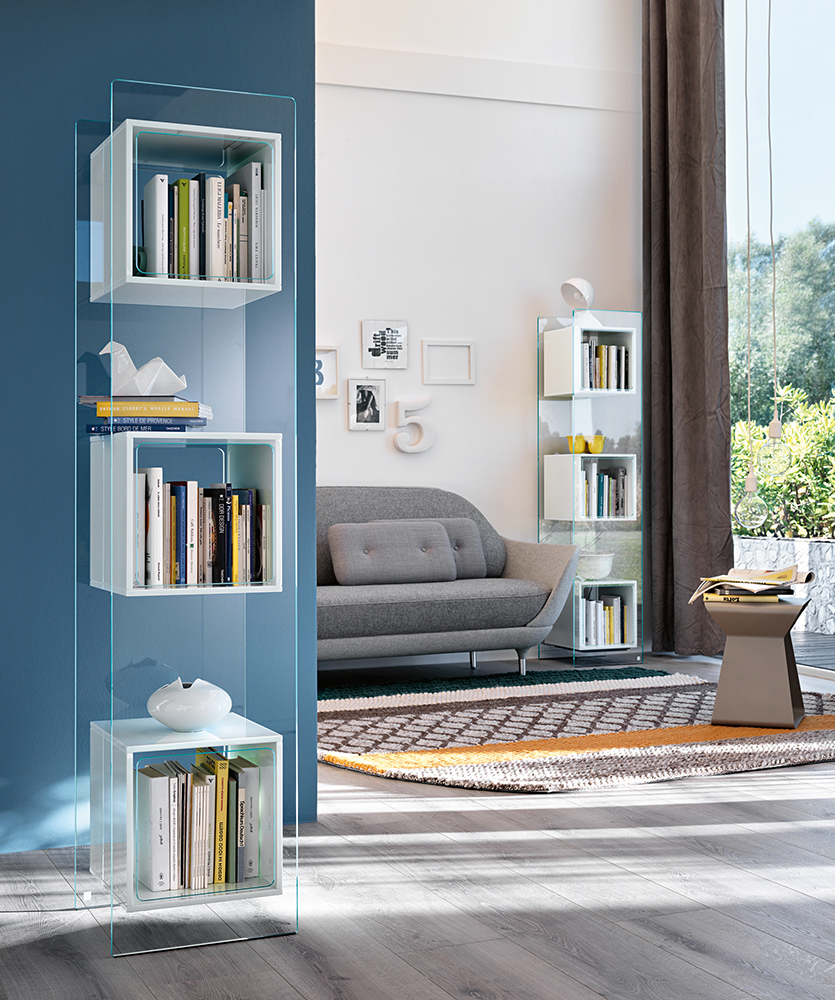 Magique Totem Bookcase
