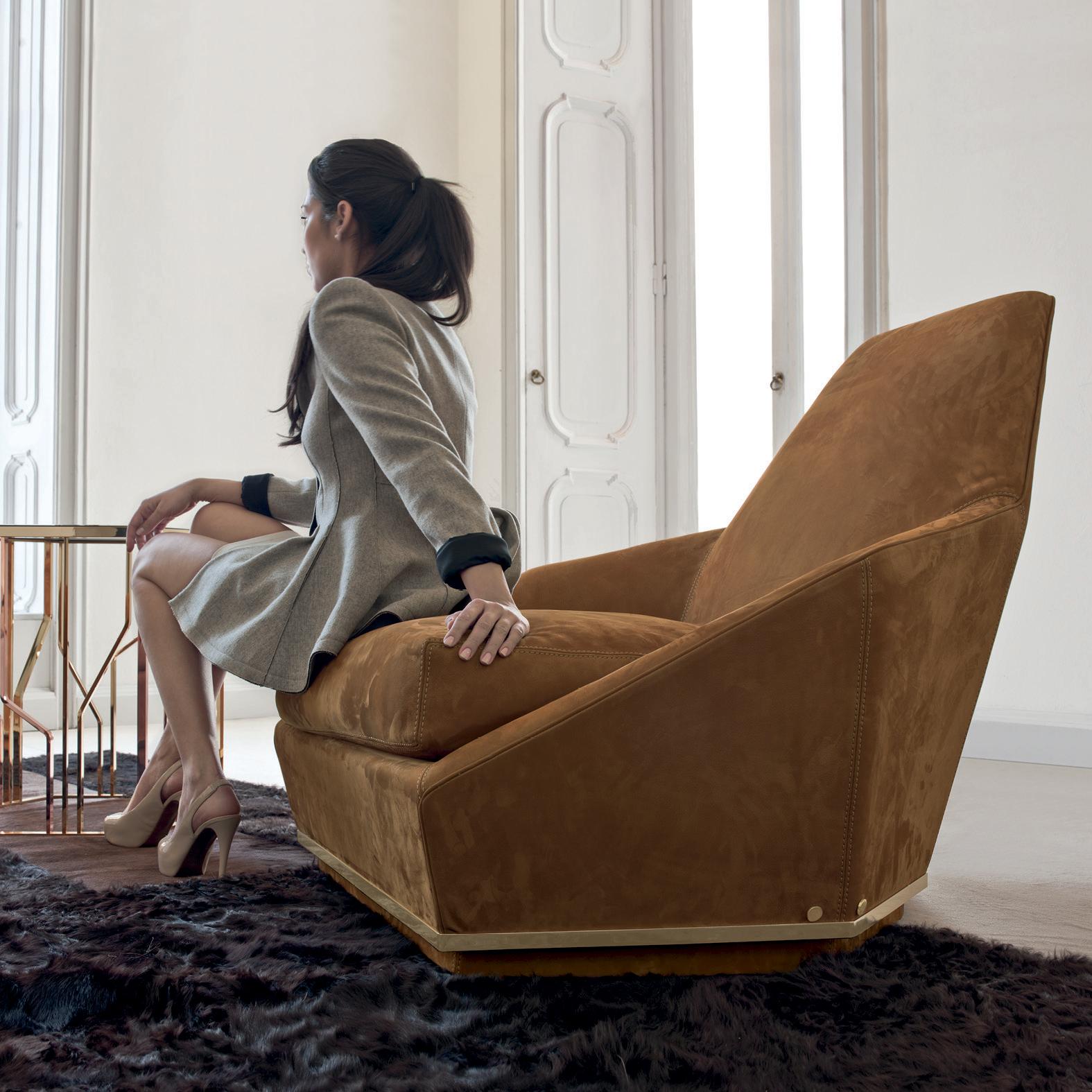 Aoyama Glamour Italian Lounge Chair Italian Designer