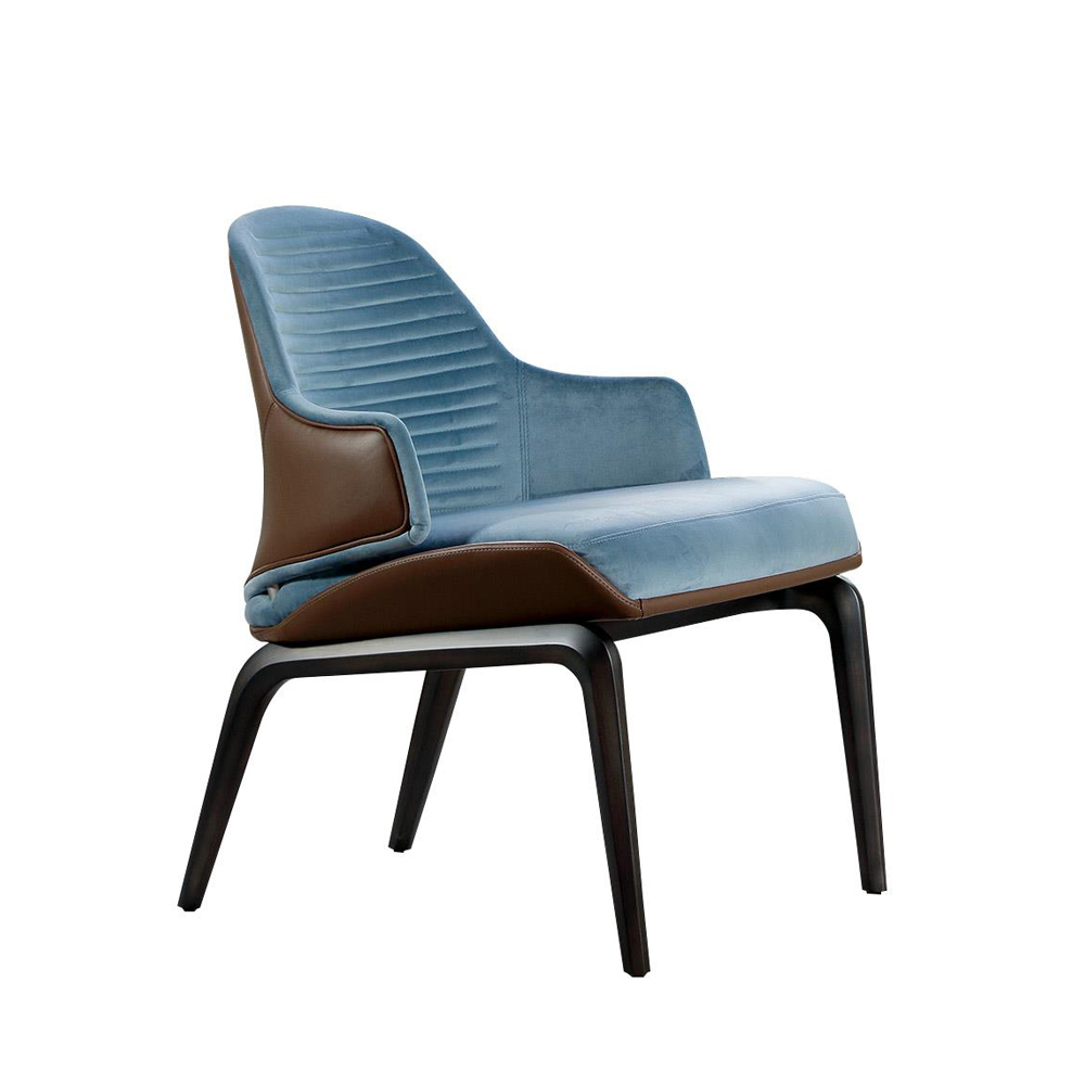 Vela Lounge Chair ...