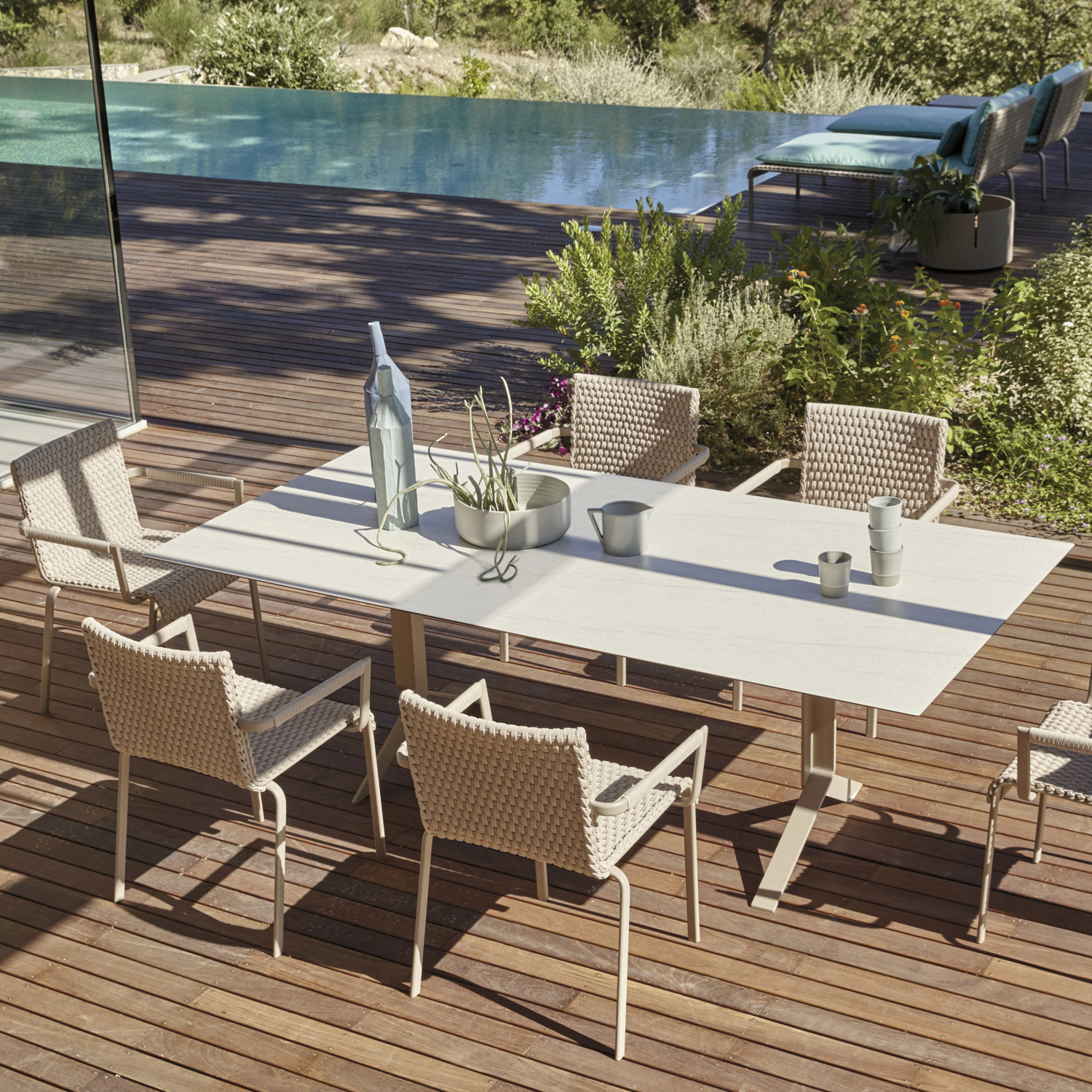 Key west high end italian table italian designer for Outdoor furniture high end