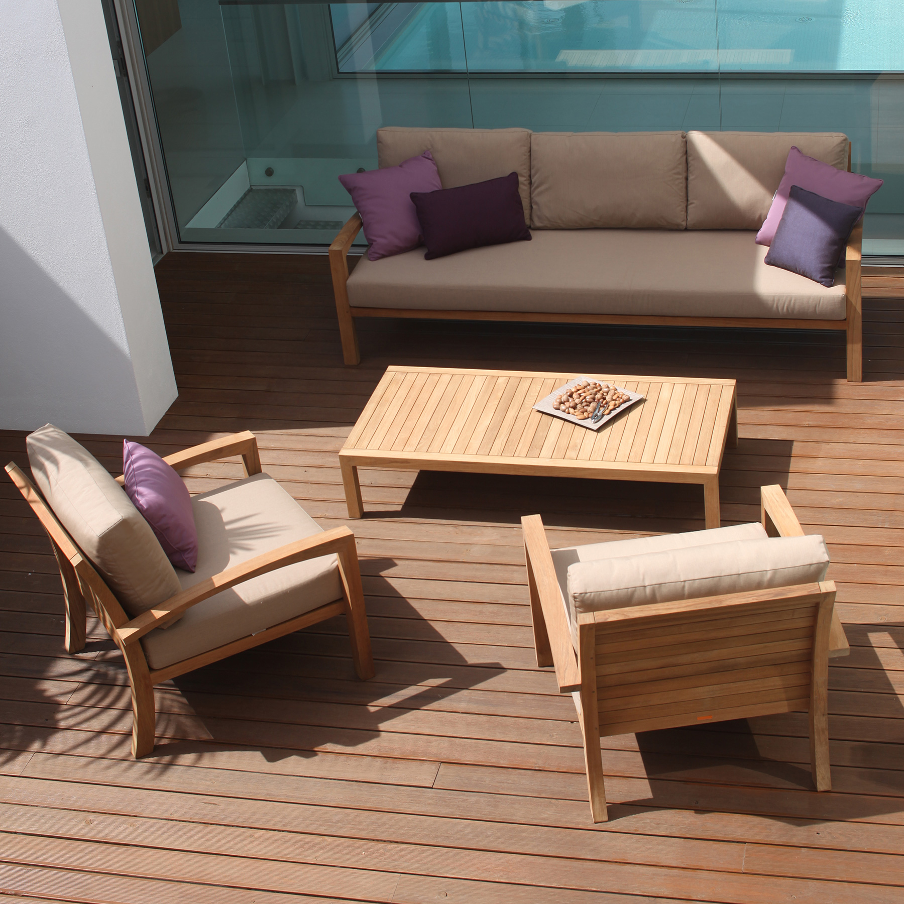 High end ixit lounge chair designer luxury outdoor for High end outdoor furniture