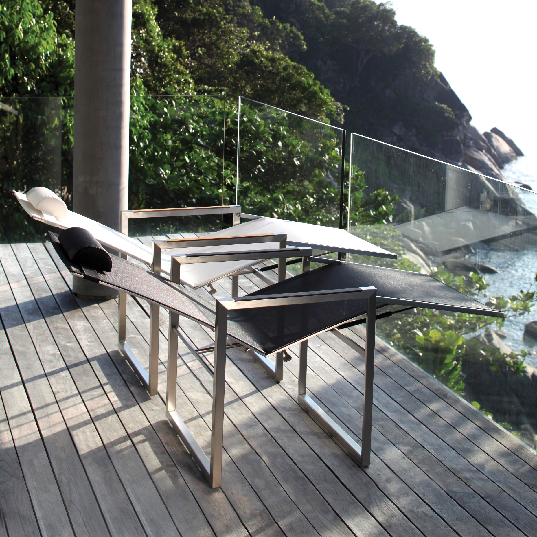 Ninix lounger for Garden pool loungers