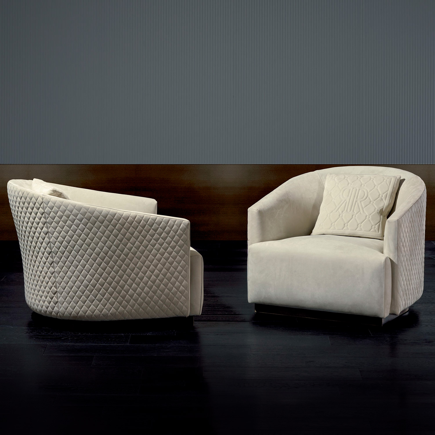 Luxury Italian Designer Opera Lounge Chair Italian
