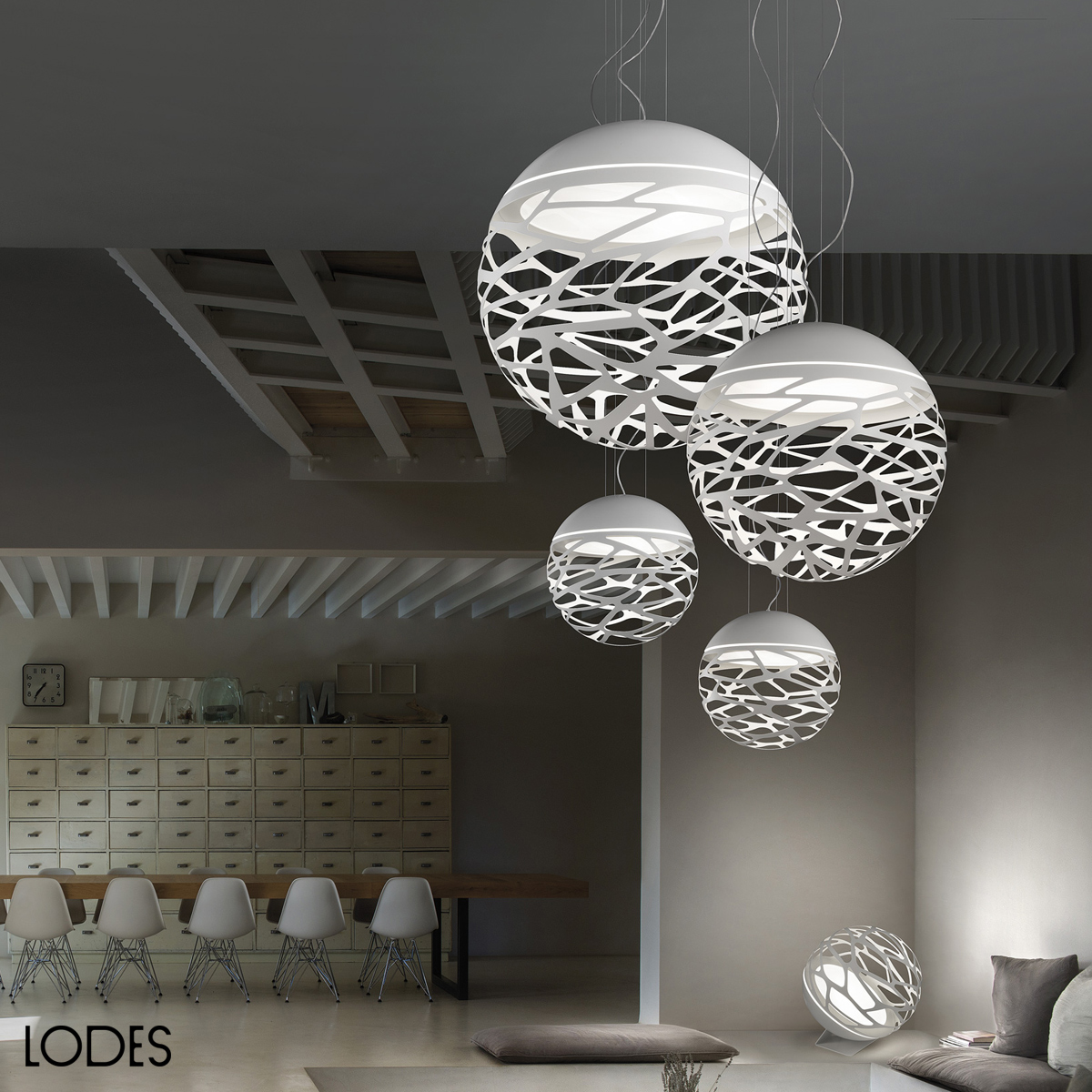 Luxury Italian Designer Kelly Sphere Suspension Lamp
