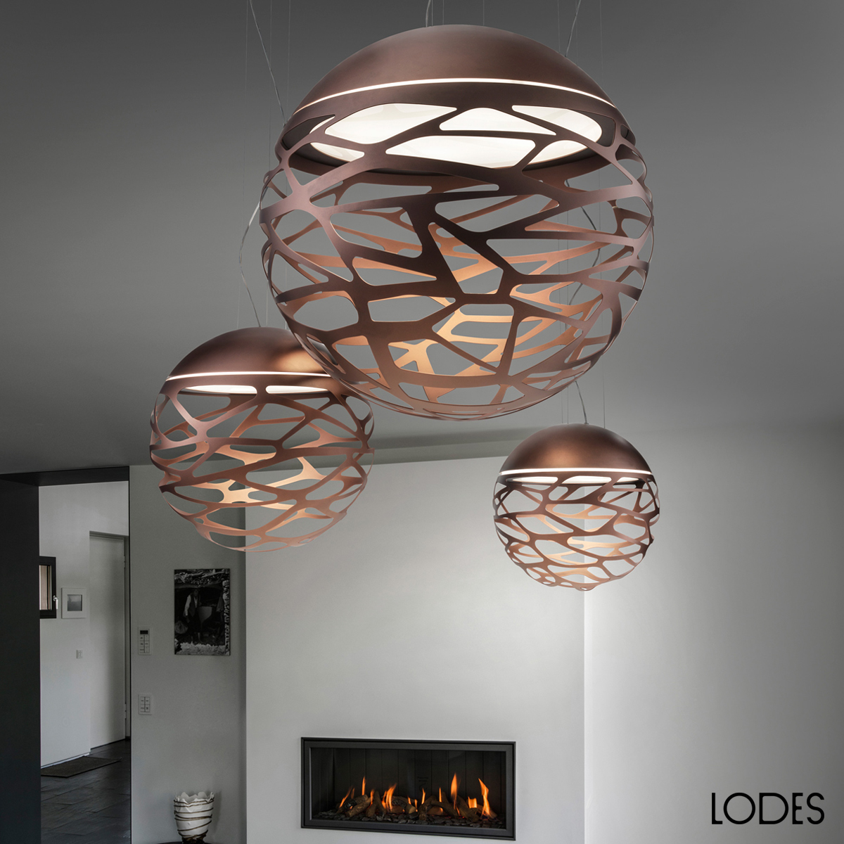 luxury italian designer kelly sphere suspension lamp designer luxury lighting at cassoni. Black Bedroom Furniture Sets. Home Design Ideas
