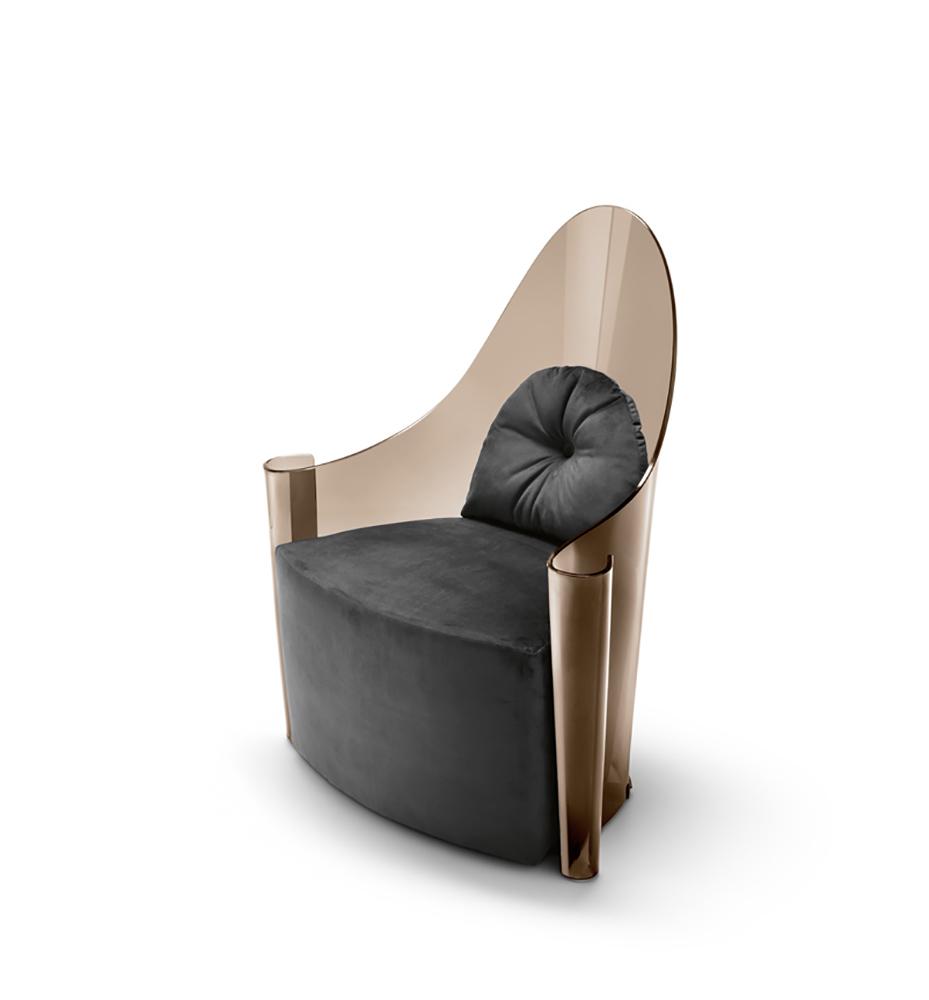Queen Elizabeth High End Italian Designer Lounge Chair