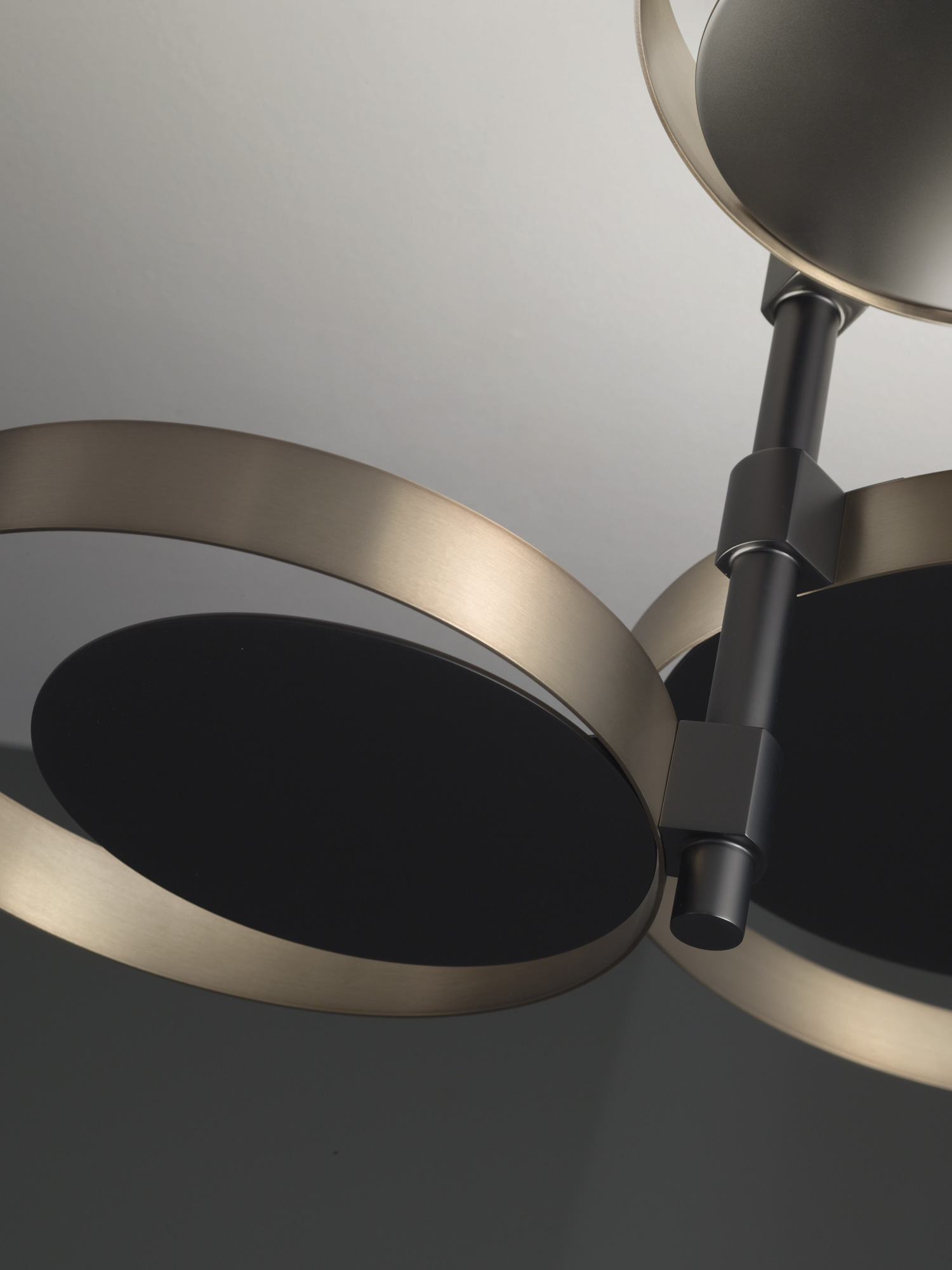 Luxury High End Italian Designer Circle Ceiling Lamp